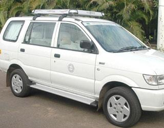 Tavera Car Rentals